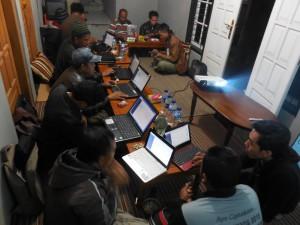 Praktik penggunaan Mitra Desa di Kantor Desa Keseneng